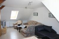 wohnbereich-ferienwohnung-dachgeschoss